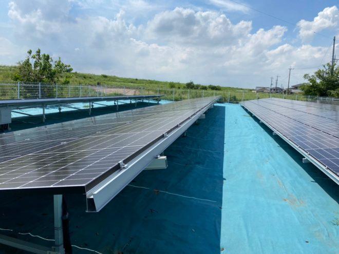 伊勢崎市長沼太陽光発電所の全景写真