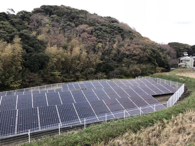 富津市追分太陽光発電所の全景写真