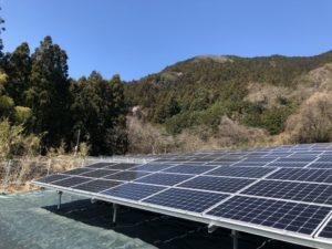 藤岡市上日野太陽光発電所の全景写真