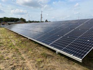 館林市成島町太陽光発電所1の全景写真